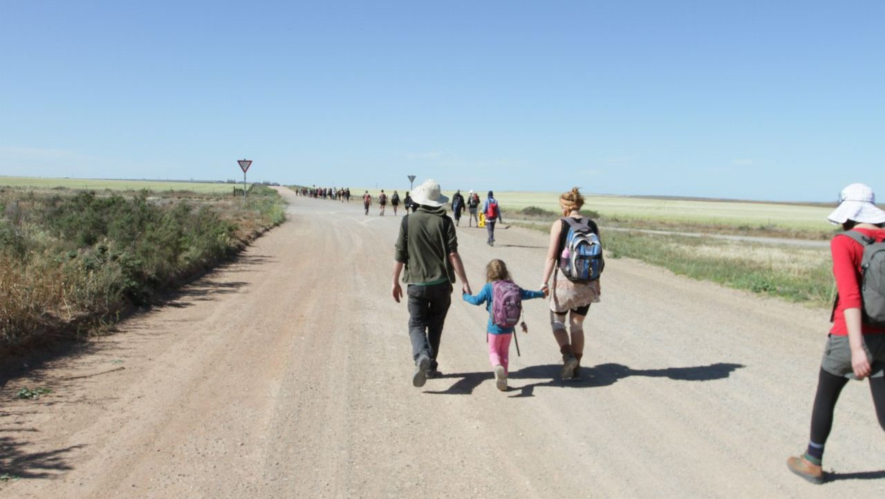 Large group of people walking from Port Augusta to Adelaide in the 2012 Walk for Solar